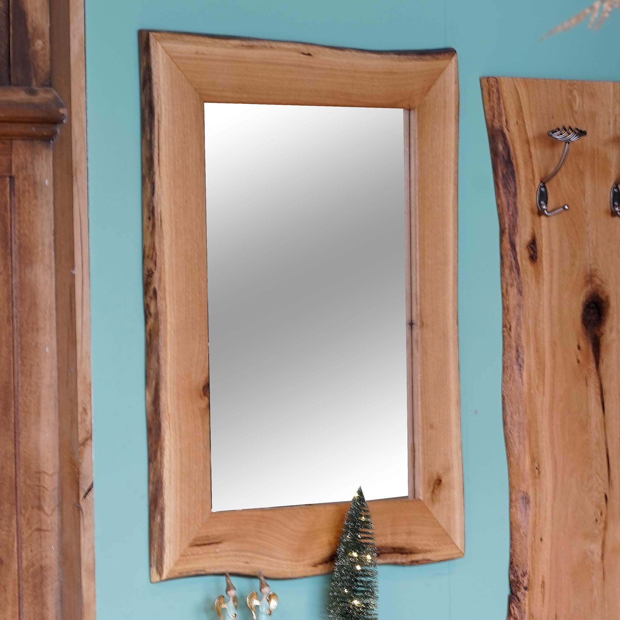 Spiegel mit Eichenrahmen